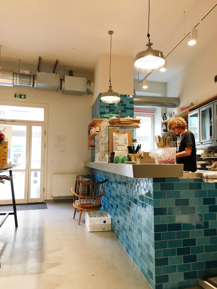 guerilla-bakery-2